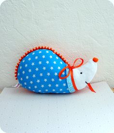 Doudou Hérisson FUNNY (combo orange turquoise blanc) : Jeux, jouets par chez-saperlipopette