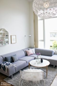 Inspirate con este salón en GRIS Y BLANCO