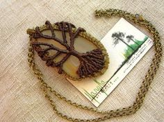 colgante ágata y árbol de la vida  hilo encerado,piedra semipreciosa,cadena de oro viejo macramé