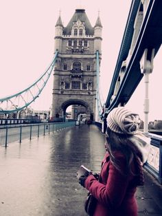 she went to london to find herself...  instead she found the rain...