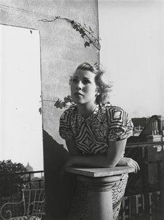 Portrait composition, 1937 by Florence Henri Lyon, Bauhaus, Florence Henri, Experimental Photography, Kandinsky, Mirror Image, Futuristic, Monochrome, Berlin