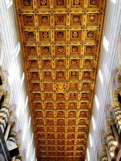 Sala dei Gigli, Palazzo Vecchio, Firenze Soffitto a cassettoni #TuscanyAgriturismoGiratola ...