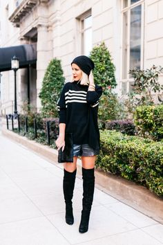 Courtney Kerr of What Courtney Wore featuring H&M, Sam Edelman, Michele and Henri Bendel. What Courtney Wore, Courtney Kerr, Star Fashion, Fashion Trends, Fashion Bloggers, Urban Chic, Fall Looks, Her Style, Casual Chic