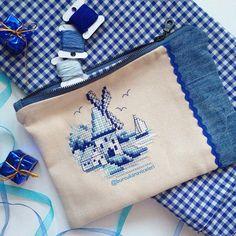 Cross Stitch Borders, Cross Stitching, Marine Style, Mermaid Cross Stitch, Stitches Wow, Embroidery Bags, Crochet Purses, Bargello, Small Bags