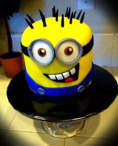 Minion cake I'm attempting for Macis party tomorrow! But regular icing.