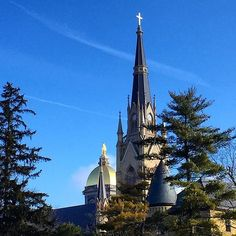 From our friends at Notre Dame @notredame - It's a picture perfect February day! #goviewyou