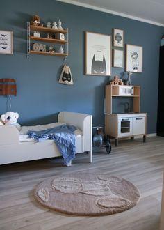 En titt på barnerommet til sander Boy Toddler Bedroom, Kids Bedroom, Blue Rooms, Blue Bedroom, Boy Room Paint, Kids Room Design, Kid Spaces, Decoration, Diy Home Decor