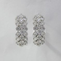 2.58 CT F SI1 Round Cut Diamond Hoop Earrings in 18K White Gold -IDJ015278