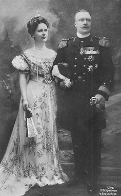 C 1908 Queen Wilhelmina, Prince Frederick of the Netherlands Belle Epoque, Nassau, Cousins, Queen Wilhelmina, Dutch Queen, Prince Frederick, Dutch Royalty, Casa Real, Royal House
