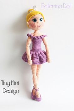 A free crochet pattern of a ballerina doll. Do you also want to crochet this ballerina doll? Read more about the Free Crochet Pattern Ballerina Doll. Mini Amigurumi, Crochet Patterns Amigurumi, Amigurumi Doll, Crochet Toys, Crochet Dolls Free Patterns, Crochet Motifs, Cute Crochet, Crochet Baby, Crochet Patron