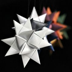 Video Tutorial for making pretty folded paper German Stars ..i am going to make about 10000 of these