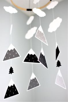 Baby mobile, mountain mobile, monochrome nursery, scandinavian mobile, nordic nursery mobile, baby nursery decor, woodland mobile, baby room by TheUrbanHedgehog on Etsy