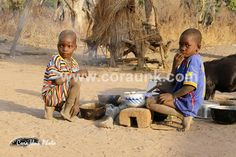 Children having breakfast in Kalalè Benin