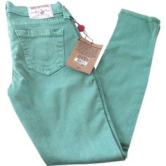 Pre-owned True Religion Halle Skinny Jeans (8.265 RUB) ❤ liked on Polyvore featuring jeans, pants, bottoms, green, summer jeans, colored denim skinny jeans, super stretch jeans, green skinny jeans and stretch jeans