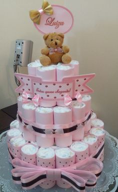 Picture score for baby shower diaper cake Diaper Cake Centerpieces, Baby Shower Centerpieces, Baby Shower Decorations, Baby Shower Diapers, Baby Shower Gifts, Karate Birthday, Teddy Bear Party, Mini Diaper Cakes, Mermaid Cakes