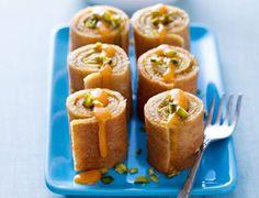 Makis de crêpes à la pistache et coulis d'abricot