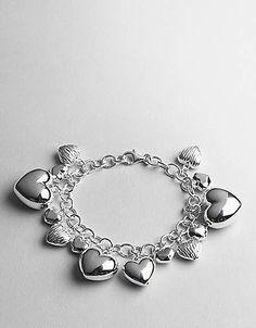 Hearts Charm Bracelet ...if I had cash to spare!!