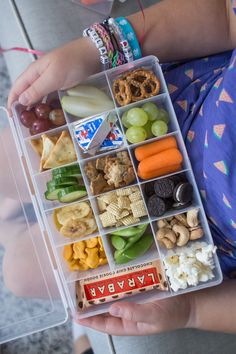 My Summer Snack Boxes are the ultimate Mom hack. Perfect for road trips or days when all you hear is Mom Im hungry. Also great for easy lunches or light dinners for little ones. Kids Snack Box, Toddler Snacks, Toddler Dinners, Road Trip Food, Road Trips, Good Road Trip Snacks, Snacks For The Road, Road Trip With Kids, Baby Food Recipes