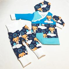 NEW new NEW  Organic Newborn Boy Outfit/Homecoming Boy Outfit in Size 0-3 month. Super soft