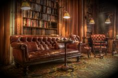 Living Room- Inspiration from the gentlemen's club lounge look. It's a shame we don't have a Chesterfield but the brown sofa set we have will work. Cuir Chesterfield, Gentlemans Lounge, Style Anglais, Cigar Room, Break Room, Room Decor, House Design, Living Room, Interior Design