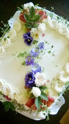Sandwich Cake, Sandwiches, Wedding Cake Toppers, Wedding Cakes, Chicken Cake, Salty Cake, Holiday Appetizers, Vegan Baking, Savoury Cake