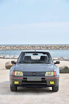 Peugeot 205 T16 road car