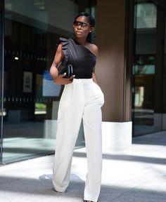 "Ama Godson on Instagram: ""Sunday's best monochrome's 🖤🤍"" Fashion Hub, Black Girl Fashion, Fashion Tips For Women, Fashion Advice, Star Fashion, Fashion Bloggers, Maxi Pants, African Print Skirt, Blazer With Jeans"
