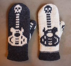 Leenan onteloneuleet: Lapasia 2015 Knit Mittens, Knitting Socks, Christmas Knitting, Needlework, Knit Crochet, Knitting Patterns, Diy And Crafts, Gloves, Textiles