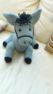 Amigurumi Crochet Donkey Free Pattern - Amigurumi Free Patterns and Amigurumi Tutorials Poney Crochet, Cute Crochet, Crochet For Kids, Crochet Crafts, Crochet Dolls, Crochet Baby, Crochet Projects, Amigurumi Patterns, Amigurumi Doll