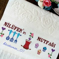 Bazen bir bardak çayda gizlidir insanın özlemi,hasreti.... #etaminhavlu #kaneviçe #ceyizhazirligi #mutfakhavlusu #elnakışı #etaminseverler… Crewel Embroidery, Baby Knitting Patterns, Diy And Crafts, Towel, Cross Stitch, Instagram, Home Decor, Painting On Fabric, Towels