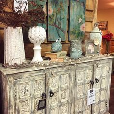 Wanting to redecorate this coming year? We have a great selection of gorgeous accent furniture, accessories, wall art and more!
