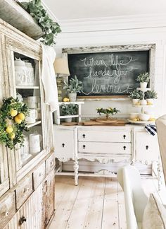 33 Style Home with Farmhouse Chic Living Room Home Living, Living Room Decor, Dining Room, Kitchen Living, Shabby Chic Living Room, Shabby Chic Kitchen, Decor Room, Modern Living, Bedroom Decor