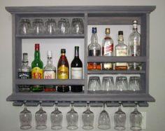 Mini-Bar. Rojo caoba mancha montado en la pared gabinete de