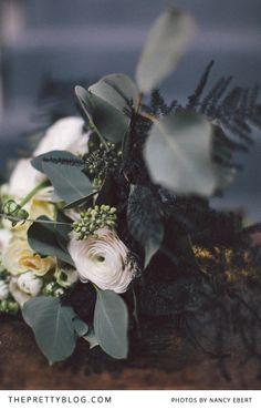 Sage green, white & black bouquet   Photographer: Nancy Ebert, Decoration, Flowers & Stationery: OhSoPretty