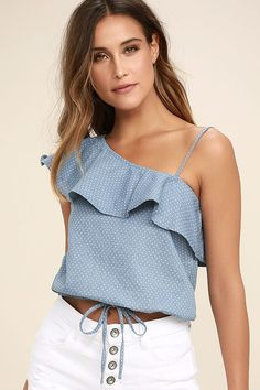Celebrate Blue Chambray Polka Dot One Shoulder Top We can't wait to get out and enjoy the sun in the J. Celebrate Blue Chambray Polka Dot One Shoulder Top! Trendy Outfits, Cute Outfits, Fashion Outfits, Blouse Styles, Blouse Designs, Casual Tops, Casual Chic, One Shoulder Tops, Shoulder Strap