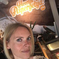 In Den Bosch bij de opening van D Aspergewinkel! Komhellip