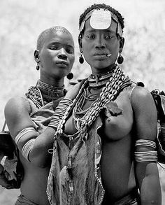 Photo Journal: Walking in the footsteps of photographer Peter Gasser African Beauty, African Women, African Fashion, African Style, Tribal People, Tribal Women, Beautiful Black Women, Beautiful People, Africa Tribes