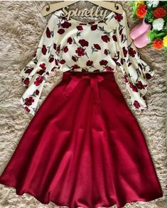 📌 Maxirock rot mit Rosenbluse Source by bireschunila outfits Modest Dresses, Pretty Dresses, Beautiful Dresses, Modest Wear, Cute Fashion, Modest Fashion, Fashion Dresses, Classy Fashion, Fashion Ideas