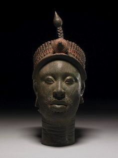 Ife Head uit eind 1300 begin 1400 na Christus. Wunmonije Compound, Ife, Nigeria. Collectie British Museum, Londen.
