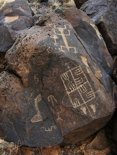 Arroyo Garcia Petroglyph by glyphwalker, via Flickr