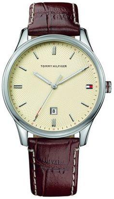 Eenvoud met stijl, dat is deze TH1710282.Klassiek en tijdloos, van dit horloge ga je lang plezier hebben.