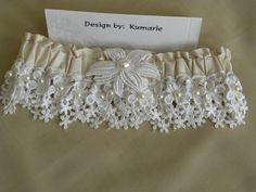 Diy bridal garter no sewing machine required i used lace from my diy wedding garter solutioingenieria Images
