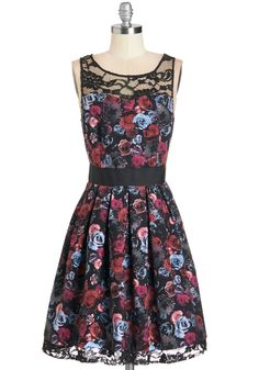 Soirée Stunner Dress in Roses. You cant wait for the sun to set, for tonight brings the opportunity to wear this beautiful lace dress by BB Dakota! #multi #modcloth