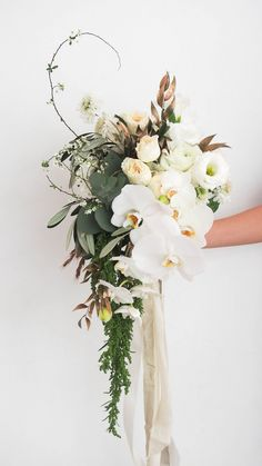 Bouquets, boutonierres, corsages, bridal car decorations, and other wearable flowers for your and your bridal party.