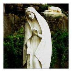 Would love a statue like this for my front garden, whenever I actually get it planted. Next year maybe!