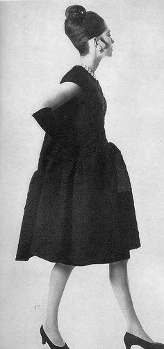 Balenciaga, Vogue UK 1966