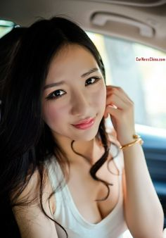 Pretty Chinese Girl is very Happy with BMW . Beautiful Girlfriend, Girlfriends, Chinese, Bmw, Pretty, Goddesses, Happy, Ser Feliz, Happiness