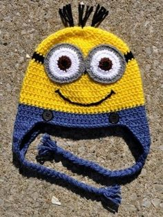 Adorable Minion hat. Flickr photo from blog 'Devin likes to knit'