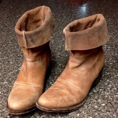 Distressed freebird barra plain boots Worn probably not more than 5 times  but still in great condition. They are designed to look worn and distressed.                             j Freebird Shoes Ankle Boots & Booties