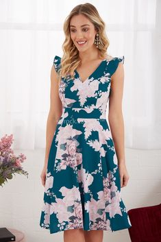 Jolene Dress in Teal with Pink Floral Girly Outfits, Trendy Outfits, Cool Outfits, Elegant Dresses, Formal Dresses, Frock Dress, Royal Clothing, Daily Dress, Flower Dresses